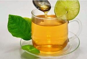 thee-met-natuurhoning-tegen-kwaaltjes